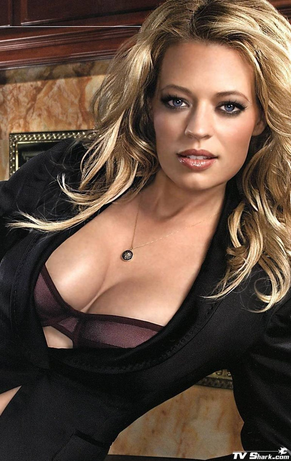 Jeri Ryan Fhm